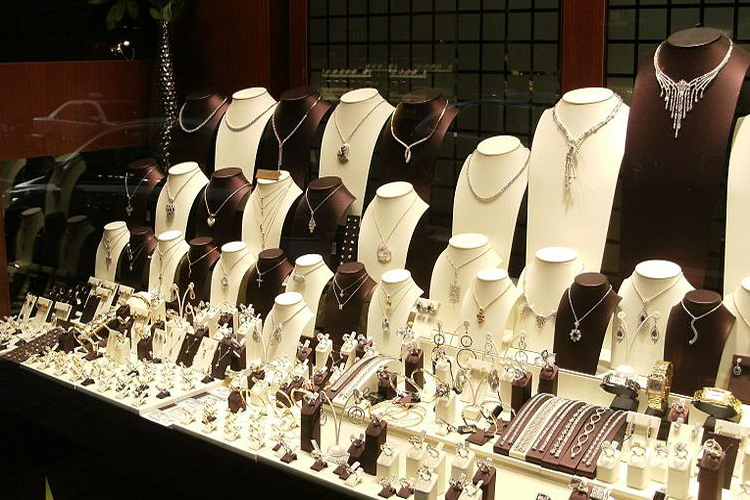 How you can secure your Jewellery Shop?