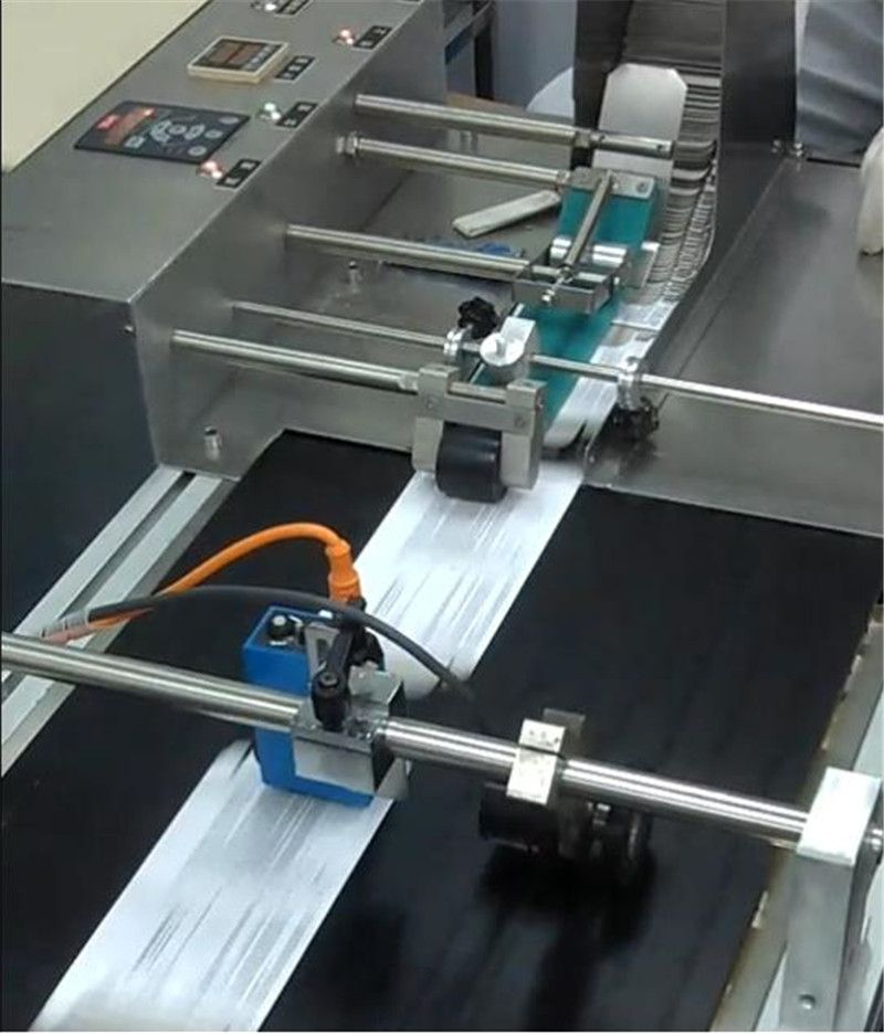 Coding and Marking Machine with Flat Belt Conveyer